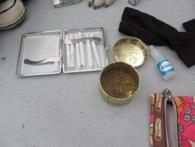 Подружжя намагалося провезти в Україну наркотики в косметичці