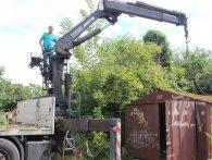 Лучани намагалися перешкодити знесенню незаконно встановлених гаражів