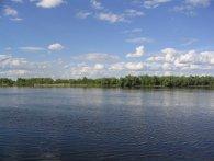 У Волинській річці рівень води впав до найнижчого