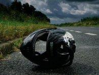 Двоє людей постраждали в результаті аварії мотоцикла