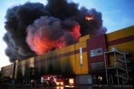 Масштабна пожежа біля Москви: інформація про перші жертви