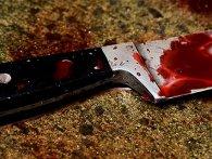 У Луцьку психічно хворий чоловік напав на матір з ножем