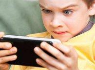 10-річний хлопчик легко обійшов захист iPhone X (відео)
