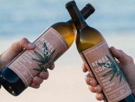 Зробили вино з канабісу: «дах рве», але без похмілля
