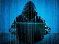 Кіберполіція викрила хакера, який зламував бази світових банків та готелів (відео)