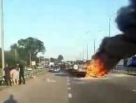 ДТП: На трасі під Києвом в розбитій машині заживо згоріла дівчина