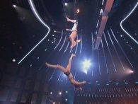 Акробатка зірвалася із висоти під час виступу на шоу талантів (відео)