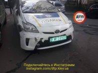У Києві патрульний заснув за кермом і потовк чотири машини (фото)