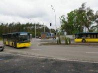 У Києві загинула жінка-кондуктор, затиснута між двома автобусами