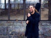 «Під дощ і під глінтвейн»: талановитий рівненський музикант записав нову пісню