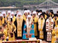 Переговори Порошенка з ієрархатом УПЦ МП зірвано: московські священики поставили ультиматум