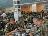 Як на харчуванні для українських військових «нагрівають руки» владці