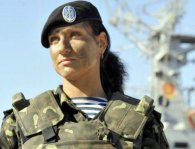 Полки зенітниць і ескадрильї «нічних відьом»: українок призиватимуть у військо нарівні з чоловіками