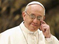Папа Римський показав цирковий трюк (відео)