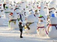 Ото вміють святкувати: китайці зліпили 2019 сніговиків! (фото)