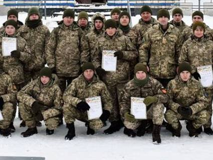 Як волинські військові на лижах ганяли?