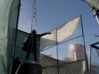 Декомунізація триває: у Києві демонтували бронзового Суворова (відео)