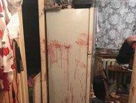 Квартира, заллята кров'ю: п'яний киянин влаштував «пекло» дружині і малолітній доньці (фото 18+)