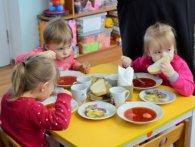 У Луцьку прокуратура розбереться із підвищенням плати за харчування для «незареєстрованих» дошкільнят