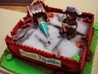 Торт для політика: міністр Омелян з'їв зірку із вежі Кремля (фото)