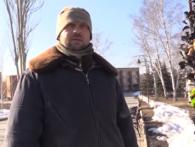 Бойовики на камеру влаштували «екскурсію Донецьком» полоненому бійцю ЗСУ