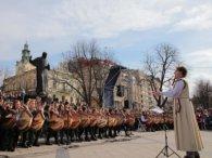 407 бандуристів одночасно виконали Шевченківський  «Заповіт» (відео)