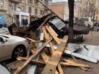 Загиблі і травмовані, понад 500 населених пунктів без світла – Україною «пройшовся» буревій