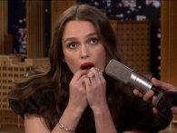 Кіра Найтлі зіграла хіт Despacito на власних зубах (відео)