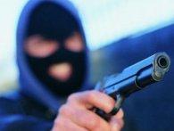 Погрожував ножем та іграшковим пістолетом – на Волині затримали грабіжника