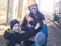 У Рівному врятували кота, який чотири доби просидів на опорі мосту (відео)