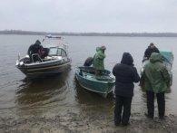 Трагедія на воді в Кременчуку:з Дніпра витягли ще двох пасажирів перевернутого човна