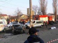 В Одесі авто збило трьох нацгвардійців: поки вони стікали кров'ю, їх добивали ногами (відео)
