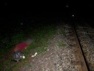 П'яна смерть: чоловік випав із вагона і загинув