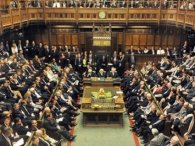 Дебати у британському парламенті зірвав дірявий дах