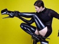MARUV випустила «криваво-еротичний» кліп на Siren Song (відео)