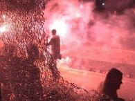 Фани «Карпат» розгромили три вагони (відео)