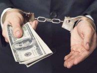 Директора НАБУ звинуватили в отриманні півмільйона доларів хабара