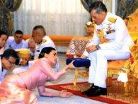 Король Таїланду оженився на генералі власної охорони