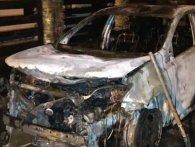 У Рівному спалили позашляховик секретаря міської ради (фото, відео)
