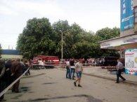 На людній вулиці вибухнула граната: є загиблий і поранені (фото, відео)