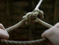 На Івано-Франківщині 16-річного підлітка знайшли повішаним