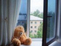 У Ковелі з вікна багатоповерхівки випала дворічна дитина