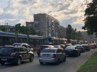Швидкісний травмай у Києві злетів з рейок