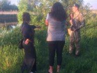 Двоє в човні: як на Луганщині жінки кордон перетинали