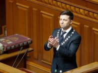Буде інформаційне опитування: Зеленський «попустився» з референдумом