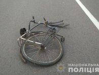 Летальна ДТП під Луцьком: велосипедист загинув на капоті Lexus
