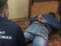 Майже пів мільйона: на Рівненщині посадовця взяли на хабарі (фото)
