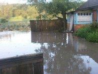 Підняття рівня води: на Волині може затопити дороги і двори