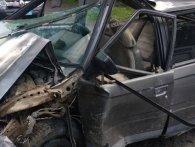 «Ланцюгова» ДТП у Луцьку: розтрощило Volkswagen (фото)
