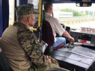 Шляхетний жест маршрутника розчулив українців (фото)